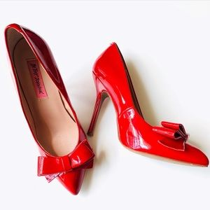 BETSY JOHNSON Reload Red Bow Pump Shoes ❤️